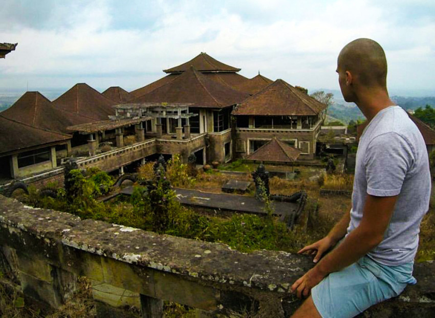 Exploring Bali S Abandoned Ghost Palace Hotel Adventures