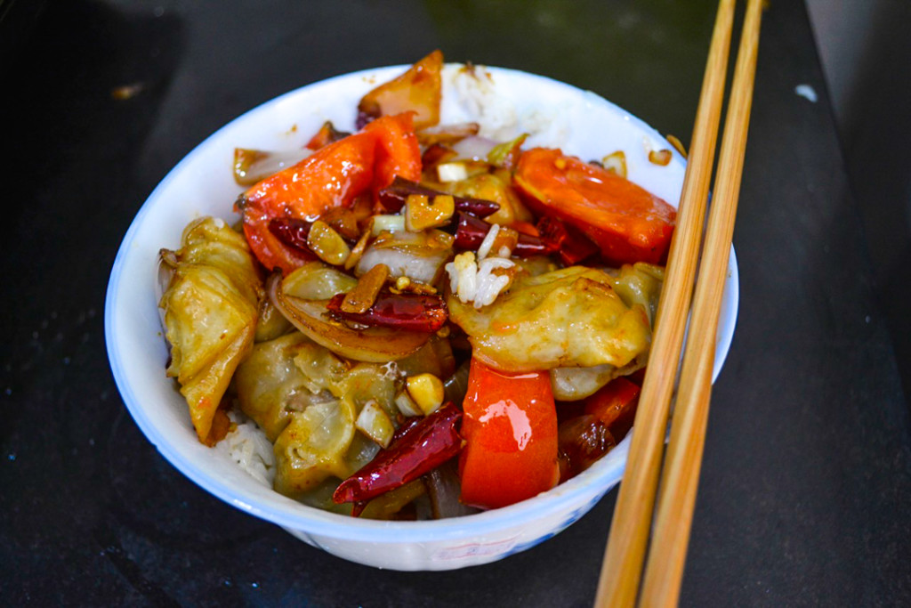 fried dumplings with tomato
