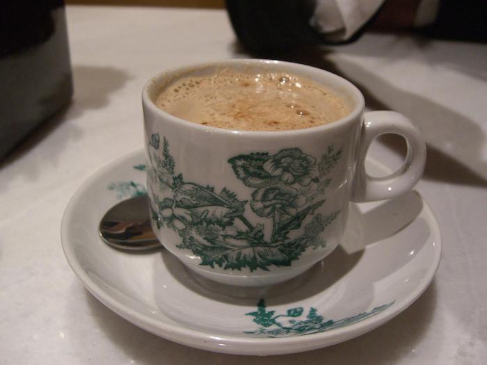 Malaysian white roast coffee
