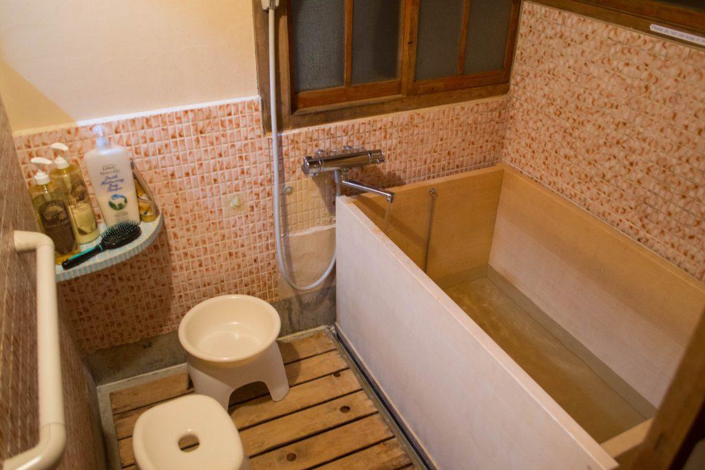 cedar bathtub